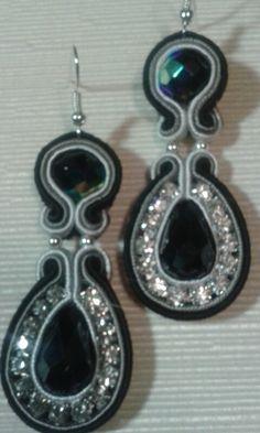 Orecchini nero e grigio