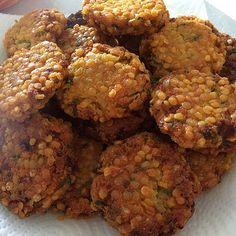 Parippu Wade recipe at http:/www.bestsrilankanfood.com
