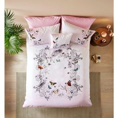 Ted Baker Enchanted Dream Duvet Cover ($160) ❤ liked on Polyvore featuring home, bed & bath, bedding, duvet covers, white pillowcases, ted baker, white pillow cases, floral pillow case and floral pillowcases