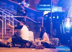 На концерте Арианы Гранде в Манчестере произошел очередной теракт (12 фото) http://kleinburd.ru/news/na-koncerte-ariany-grande-v-manchestere-proizoshel-ocherednoj-terakt-12-foto/