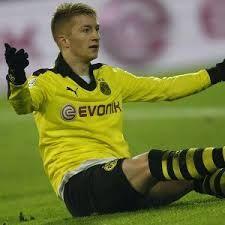DortmundBorussia Dortmunt mesti merenggut kekalahannya pada pertandingan Der Klassiker. Lemahnya benteng pertahanan milik Dortmund menjadi penyebab utama hasil yang buruk itu.