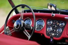Classic Cars for sale Old Sports Cars, Vintage Sports Cars, British Sports Cars, Retro Cars, Vintage Cars, Triumph Motor, Triumph Tr3, Triumph Spitfire, Dashboard Car