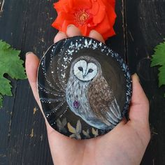 ✨In the shop✨ Magic barn owl Painted Wood, Painted Rocks, Rock Painting, Painting On Wood, Wiccan Magic, Wood Animal, Mini Paintings, Owl Art, Treasure Boxes