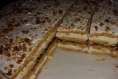 Cea mai gustoasa prajitura in foi. Romanian Desserts, Romanian Food, Sweet And Salty, Desert Recipes, Cake Cookies, Cheesecakes, Sweet Tooth, Bakery, Good Food