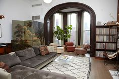 Grey sofa: Kate Young, stylist - A fantastic real home.