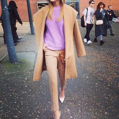 street style - camel coat, matching trousers and a pink sweater