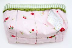Why Not Sew?: :: Pleated Pouches ::