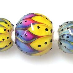 Handmade glass beads by Suzy Hannabuss www.facebook.com/moonlightjewelleryandbeads