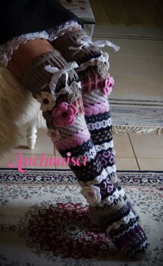 Pitsihelma Crochet Girls, Love Crochet, Knit Crochet, Crochet Hats, Wool Socks, Knitting Socks, Hand Knitting, Comfy Socks, Funky Socks