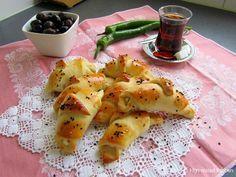 Mijn mixed kitchen: Puf puf poğaça (zachte luchtige gevulde Turkse broodjes)