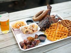 BBQ Iwant to try in NYC: How I Built a Barbecue Restaurant in Brooklyn: Tales From Opening Day | Serious Eats