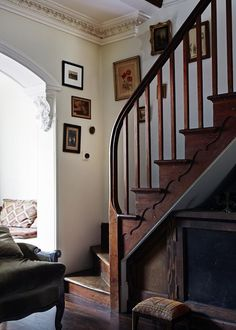 The staircase design is perfect for a modern-day minimalist home. Great staircase design supplies an efficient and pleasant approach to move between floors of Staircase In Living Room, Wood Staircase, Staircase Design, Cottage Staircase, Staircase Molding, Farmhouse Stairs, Winding Staircase, Spiral Staircases, Style At Home