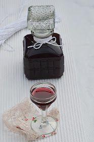 Apetyczna babeczka-Anielska Kuchnia: Nalewka z tarniny, tarninówka Irish Cream, Perfume Bottles, Perfume Bottle