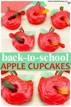 These Apple Cupcakes with a cute worm are perfect for back-to-school parties! Kids and teachers will love these cute cupcakes and they are very easy to make! Great dessert for an apple themed party! School Party Snacks, Back To School Party, School Treats, School Parties, School Cupcakes, School Cake, Kid Cupcakes, Apple Theme Parties, Parties Kids