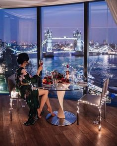 P i n t e r e s t : dolce vita, boujee lifestyle, luxury lifestyle fashion, wealthy lifestyle Boujee Lifestyle, Wealthy Lifestyle, Luxury Lifestyle Fashion, Billionaire Lifestyle, London Lifestyle, La Jolla, Rich Girls, London Photos, Photo Instagram