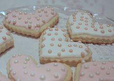 : Fancy Iced Sugar Christmas Cookies the Easy Way... Genius idea !