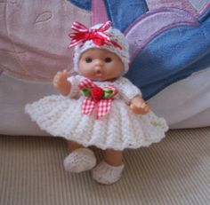 Free Knitting Patterns For 10 Inch Dolls Clothes : 1000+ ideas about Dolls......5in......Clothes on Pinterest Ravelry, Baby Do...