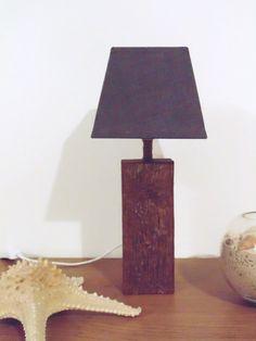 lampe en bois flotté - abat-jour gris carré - disponible en 2 ex