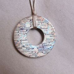 London Washer Necklace.  I wouldn't make this into a necklace, but I like the idea of covering a washer for a card or something.