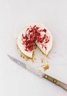 Easy Mini Raspberry Cheesecake Recipe - fun for July 4 entertaining