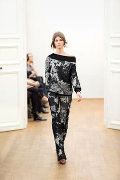 Escada | Fall 2015 Ready-to-Wear | 24 Black/grey floral long sleeve sweater and trousers