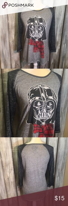 Star Wars Baseball Tee ▪️Star Wars Baseball Tee ▪️Size: XL  ▪️Pit to pit: 17 1/2 inches ▪️Shoulder to hem: 27 inches ▪️Pre-owned condition  ▪️No trades! Tops Tees - Long Sleeve
