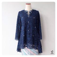 New Fashion Design Ideas Clothing Products Ideas Kebaya Modern Hijab, Model Kebaya Modern, Kebaya Hijab, Kebaya Muslim, Kebaya Lace, Kebaya Dress, Dress Pesta, Dress Brukat, Batik Dress