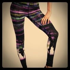 Victoria's Secret: Exclusive VSX leggings: used These fabulous leggings are part of Victoria's sport edition line: sold out everywhere: great condition  Victoria's Secret Pants Leggings