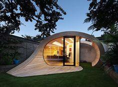 The Shoffice: Garden Work Has Never Been So Stylish // Platform 5 Architects // London, UK