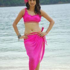 Shraddha Das New Sexy Bikini Pictures (Bio, Movies)