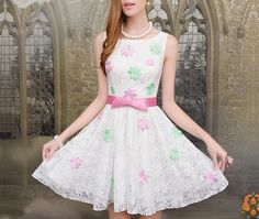 Inlaid flowers purple white lace sleeveless dress put on a large waist_Dinner dresses_Dresses_Mili fashion Trade Co.Ltd