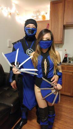 Diy subzero and kitana costume Badass Halloween Costumes, Cute Costumes, Anime Costumes, Halloween Dress, Cosplay Costumes, Costume Ideas, Kitana Costume, Kitana Cosplay, Mortal Kombat Costumes