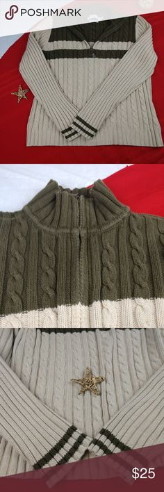 quality design 93b5c b8916 Tommy Hilfiger Jeans Chunky Cable knit Sweater ✓️EUC ✓️100 percent Cotton  ✓️Warm