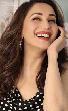 Indian Actress Hot Pics, Indian Actresses, Beautiful Bollywood Actress, Beautiful Actresses, Madhuri Dixit Hot, Beautiful Christina, Gal Gadot, Timeless Beauty, Indian Beauty