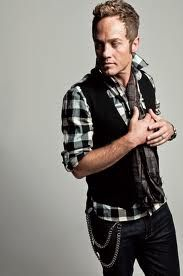 Toby Mac... 1 week and 3 days I will see him in concert at Ichthus 2012!!! Sooo excited :D