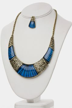 AMAZING CRESCENT CRYSTAL NECKLACE EARRINGS SET (BLUE) - $22.00