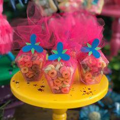 Caixinha de Cereal Poppy por @casaemfesta.com_ #poppytrolls Encomende o seu personalizado com a gente! #personalizadostrolls #itenspersonalizados #poppy #poppystyle #poppyohair #festadostrolls #trollsparty #trollsbirthdayparty #trolls #trollscake #trollsbirthday #festatrollsideias #trollstheme #trollspoppy #trolls_official #trollsholiday #trollsmovie #festainfantildf #festasinfantisbsb #festainfantilbrasilia #festainfantilbsb #decoracaoinfantil #decoracaodefesta #casaemfesta #entrenafesta...