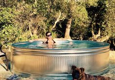 Stock Tank Pool Ideas For Your Incredible Summer [MUST-LOOK] - Get your stock tank pool DIY ideas right here! Find from galvanized, plastic, poly or metal stock tank pool inspirations. Stock Pools, Stock Tank Pool, Backyard Pool Designs, Small Backyard Pools, Backyard Ideas, Metal Stock Tank, Metal Pool, Rustic Backyard, Desert Backyard