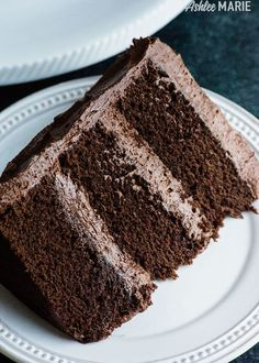 Perfect Chocolate Cake Recipe with Ganache Buttercream- rich, dense and deliciou. - have your cake, and eat it too! Dense Chocolate Cake Recipe, Chocolate Buttercream Recipe, Perfect Chocolate Cake, Icing Recipe, Chocolate Desserts, Cake Chocolate, Buttercream Cake, Homemade Cake Recipes, Cupcake Recipes