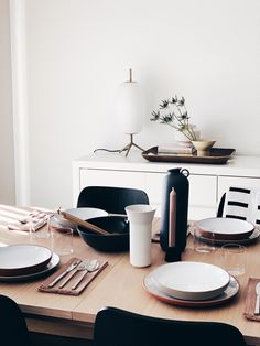 New year with a new home re-design. ThisEQ3Close Table expands and it's perfect for hosting small gatherings.#tablesettings #dinnerplates #expandabledinningtables