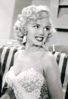 Marilyn Monroe on The Jack Benny Show, 1953.