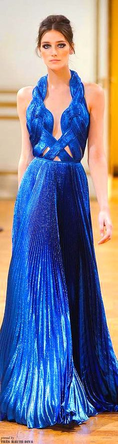 Zuhair Murad Haute Couture Autumn/Winter 2013 - Wonderful right a the neckline.