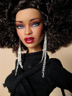 Glam black Barbie, curly hair African American Dolls, Doll Repaint, Barbie Friends, Black Barbie, Barbie I, Barbie World, Beautiful Barbie Dolls, Pretty Dolls, Fashion Royalty Dolls