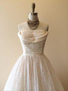 1950s Dress Vintage 50s Dress Peach Polka Dots  This is beautiful!