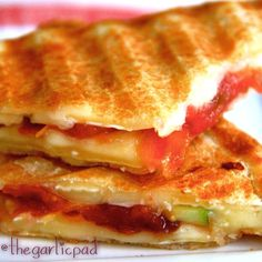 Grilled Cheese with Brie, Pancetta, Apple, and Fig Jam http://www.thegarlicpad.com/grilled-cheese-with-brie-pancetta-apple-and-fig-jam/