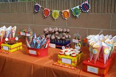 primary colors for dessert table