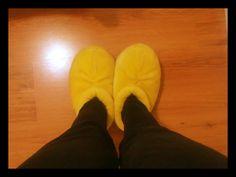 Mickey feet *-----*