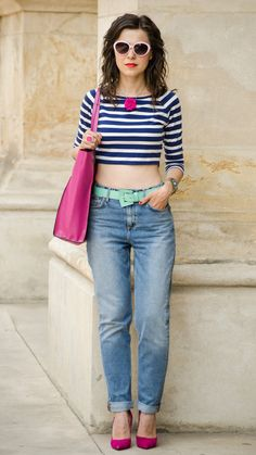 Relaxed denim and punchy accessories keep this cropped look cool and casual.