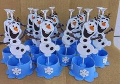 1 million+ Stunning Free Images to Use Anywhere Disney Frozen Party, Frozen Birthday Party, Olaf Party, Birthday Party Themes, Ana Frozen, Frozen Elsa And Anna, Frozen Princess, Frozen Party Decorations, Snowflake Template