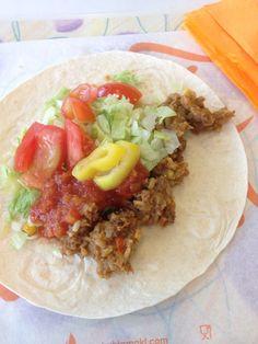Keskustan koulun toiveruokaviikolla  tarjottiin mm. tortilloja.